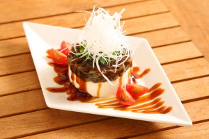 おしゃれにアレンジした「ピータン豆腐」