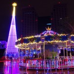 新北のクリスマスツリー♪今年は360度ホログラム!